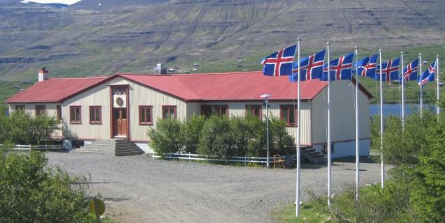 Ný dagsetning á Feðginaflokknum