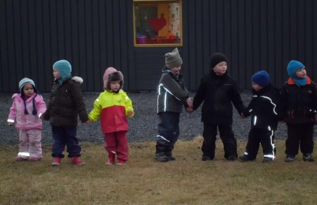 Stoppleikhópurinn heimsækir Vinagarð